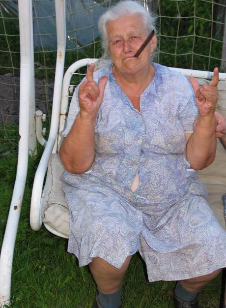 Онлаин видео огромный член в бабушке говорит
