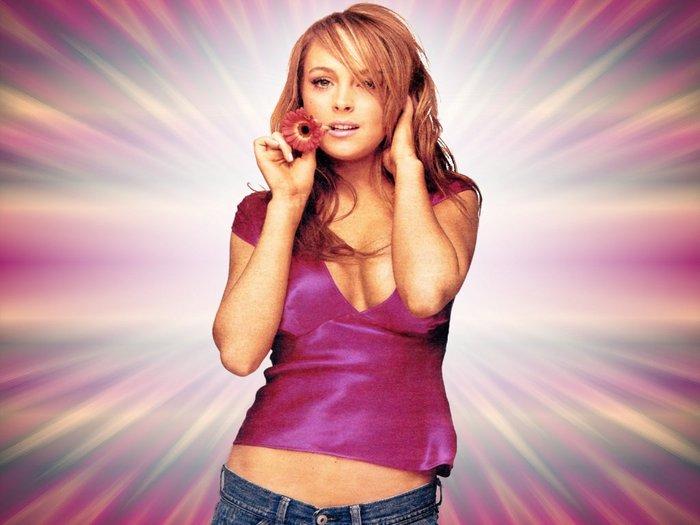 Lindsay_Lohan_wp2.jpg (700x525, 52Kb)
