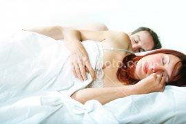 ist2_336257_couple_sleeping.jpg (270x180, 9Kb)