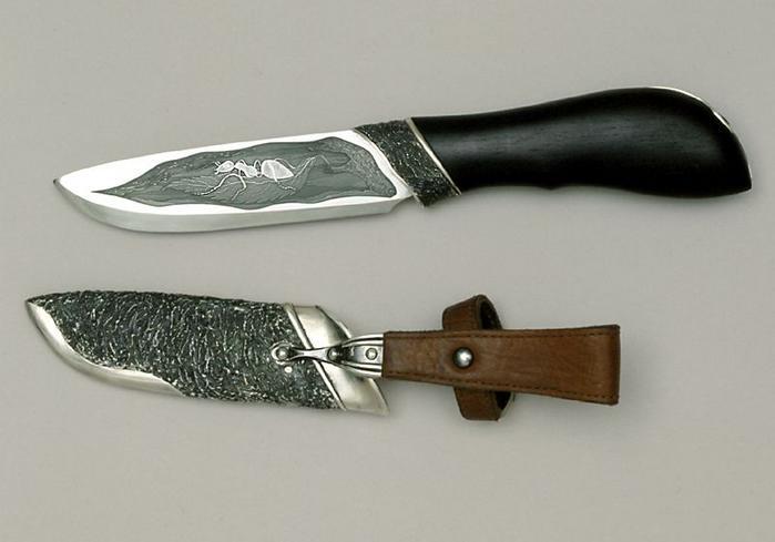 """Нож  """"Муравей """" имеет ярко выраженную форму ножа-резака - со сравнительно коротким и... Сталь, черное дерево..."""