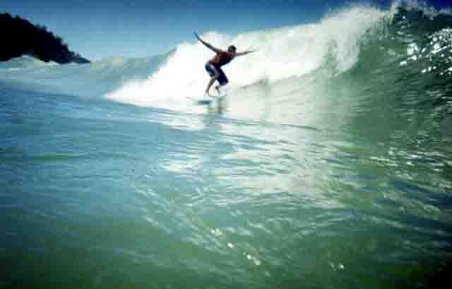 surfing1.jpg (640x410, 12Kb)