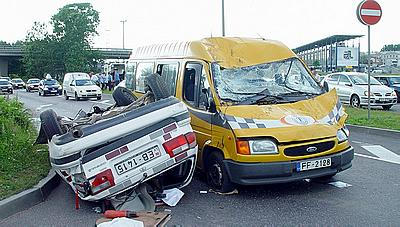 n161_dtp_car_accident_ds-03.jpg (400x227, 29Kb)